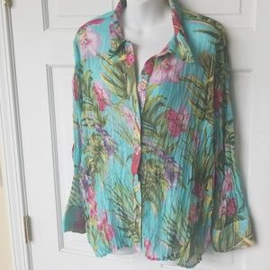 Essentials By Milano 2X Floral button up Blouse